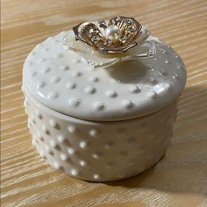 Ceramic Jewelry storage